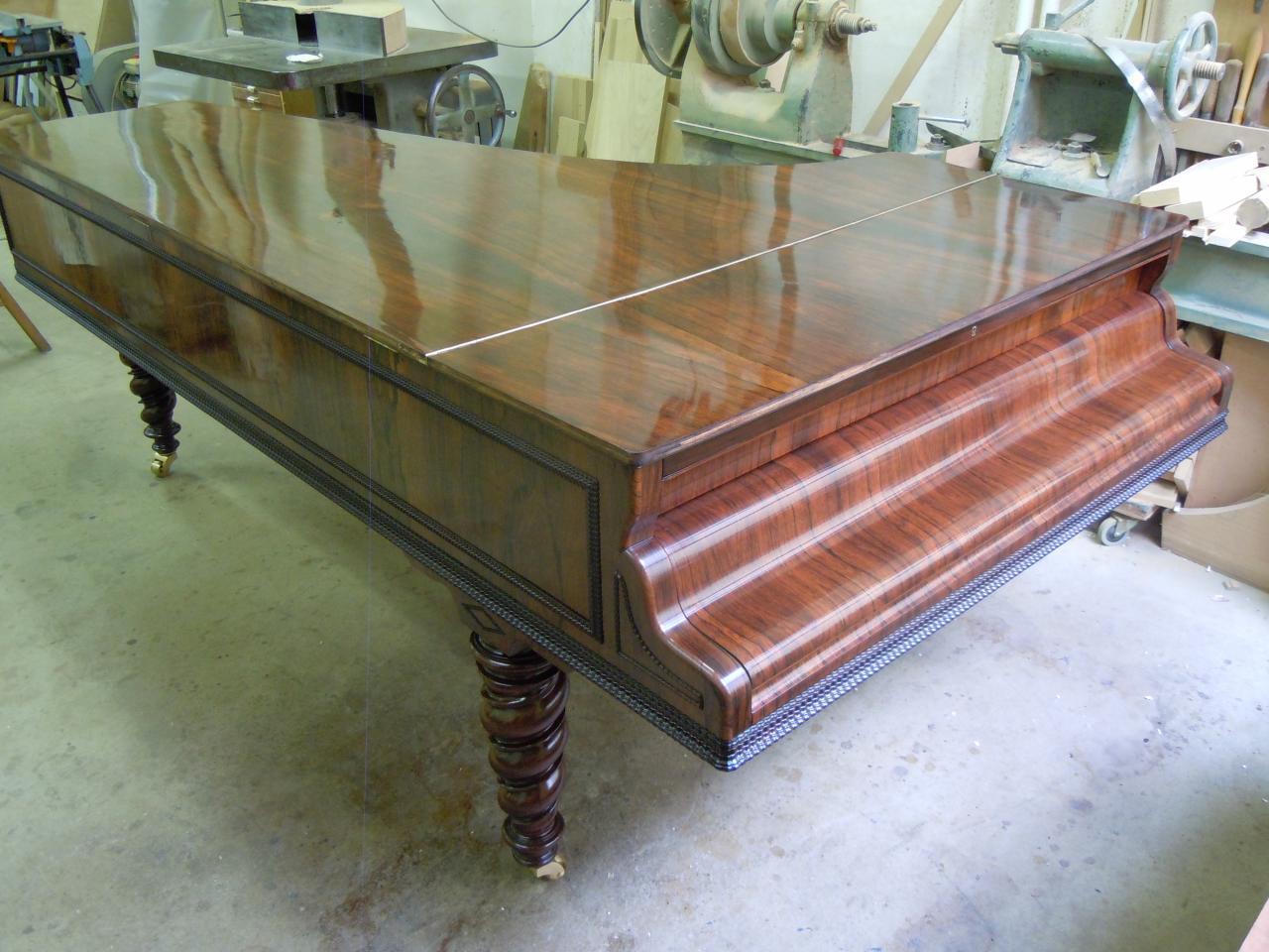 Meubles en bois plaqu s for Restauration de meubles en bois